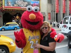 Elmo like Lakers!